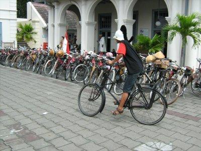 naik-sepeda